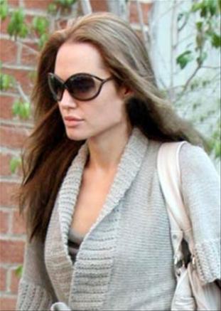 Angelina Jolie al ginecologo